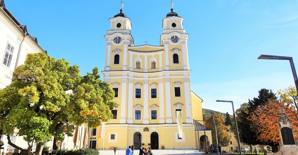 Mondsee-Wedding-Church-4